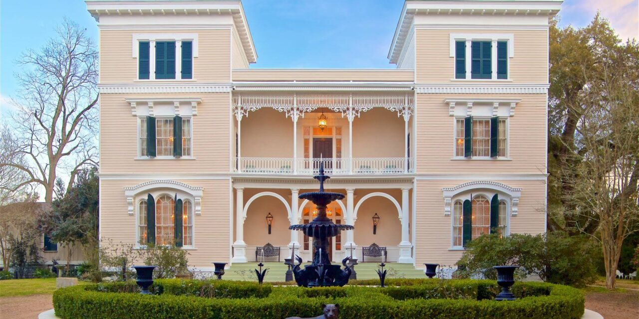 5 Awe-Inspiring Historical Homes To Visit In Natchez, Mississippi